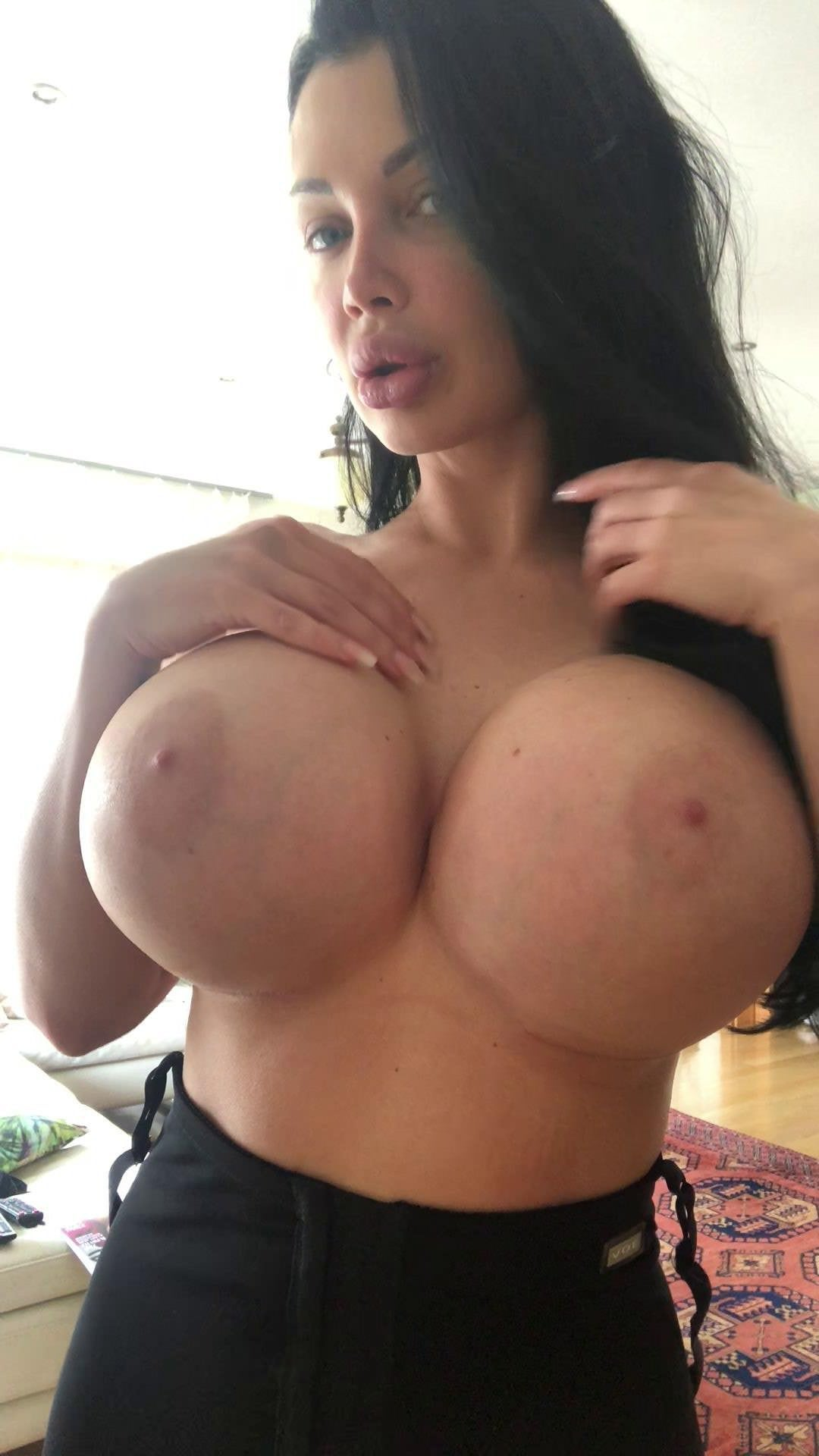 vintage shaved pussy and big tits